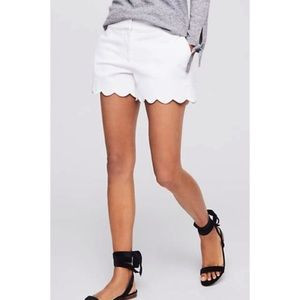 Ann Taylor LOFT Riviera White Scalloped Shorts